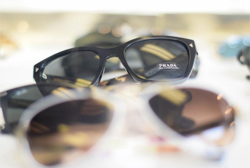 glasses 15